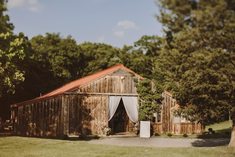 Murray Hill Virginia Barn Wedding