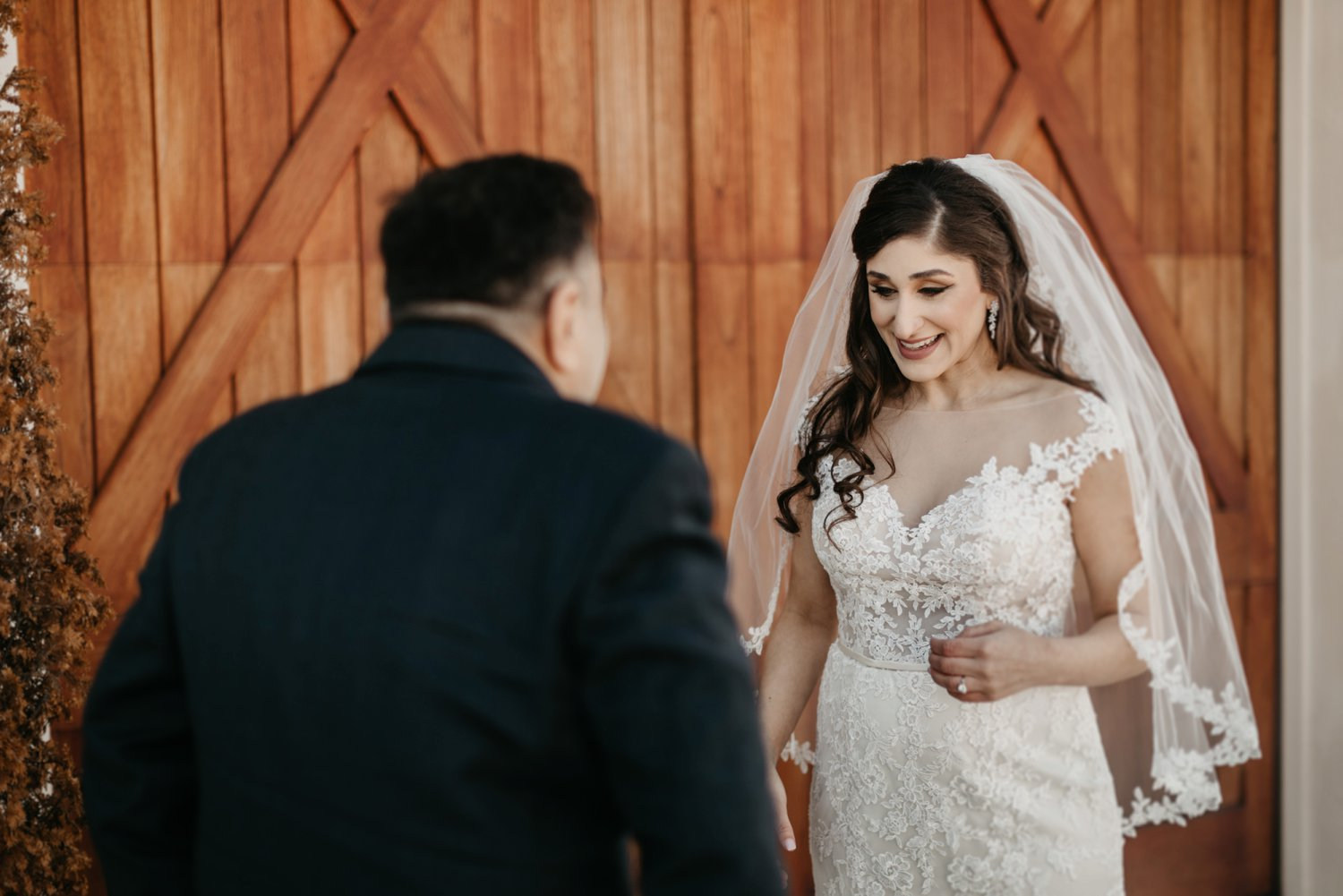 Thousand Acre Farms wedding Delaware wedding photographer | father daughter first look outdoor wedding