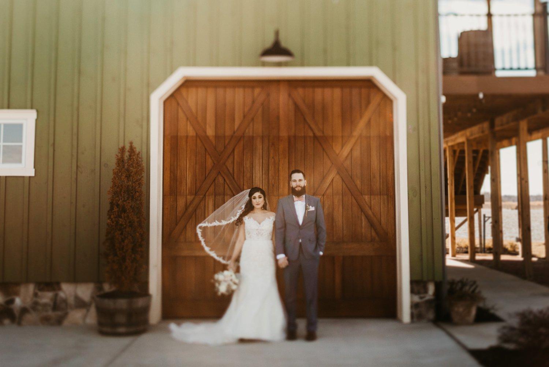 Thousand Acre Farms wedding Delaware wedding photographer | bride and groom portraits outdoor wedding