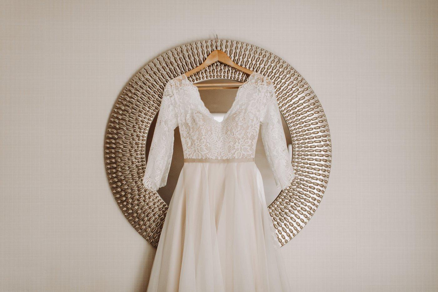 wedding dress details Mt. Washington Mill Dye House Baltimore wedding photographer