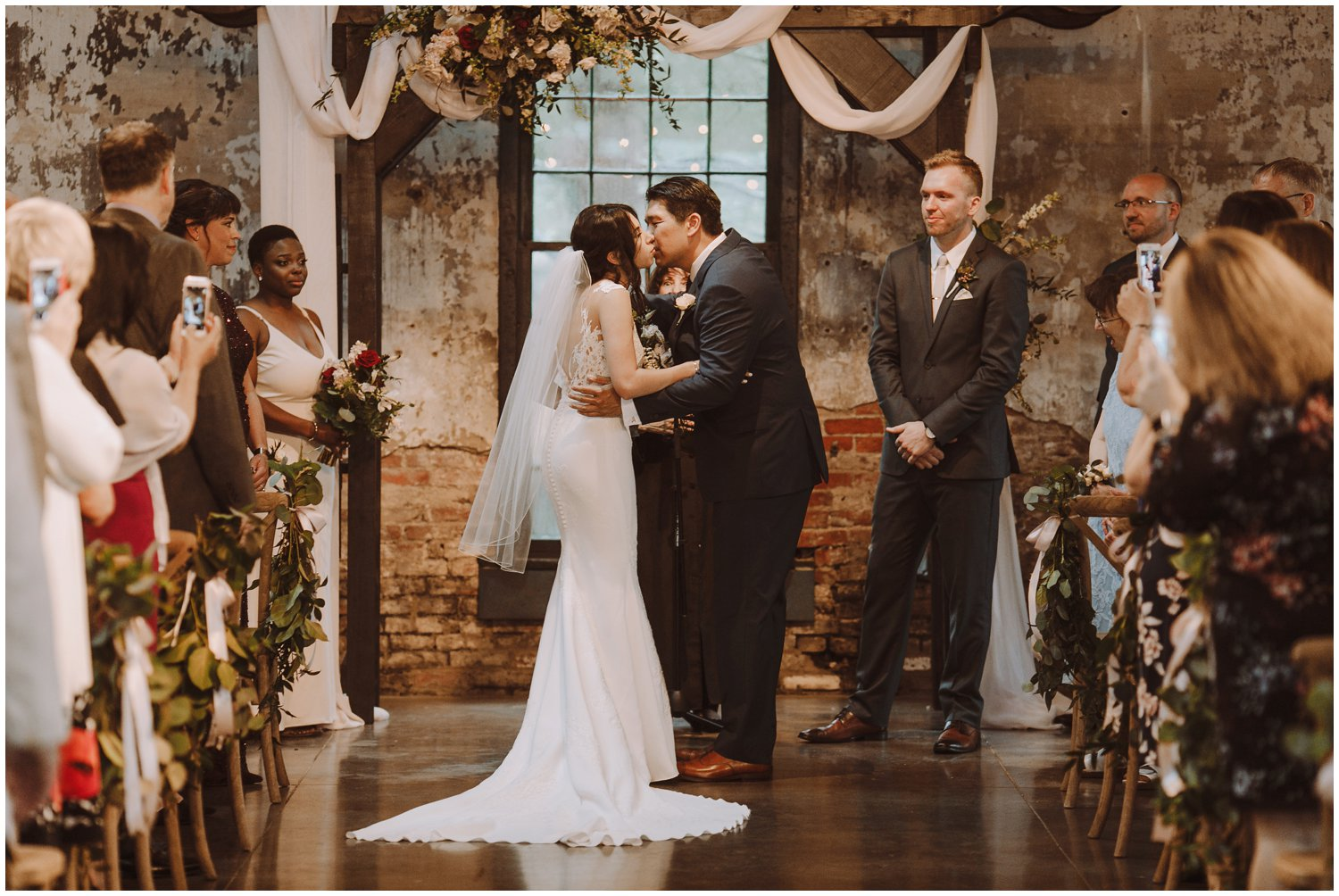 Baltimore wedding photographer | Mt Washington Mill Dye House wedding ceremony | Baltimore Maryland wedding