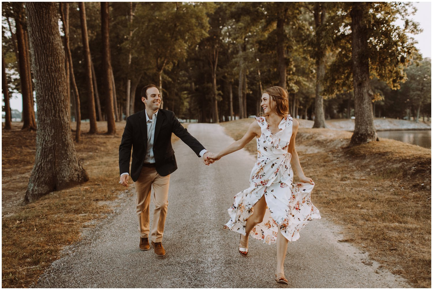 sunset engagement photos | Baltimore wedding photographer | Easton wedding photographer | Eastern shore engagement photography | Wye River Center | Easton Airport Engagement | nature wedding photography