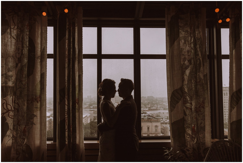 Peabody Library Wedding | Hotel Revival Baltimore Wedding | Baltimore Wedding Photographer | Art Deco Wedding Photography | Baltimore City Wedding | Kate Ann Photography | Rainy Day Wedding