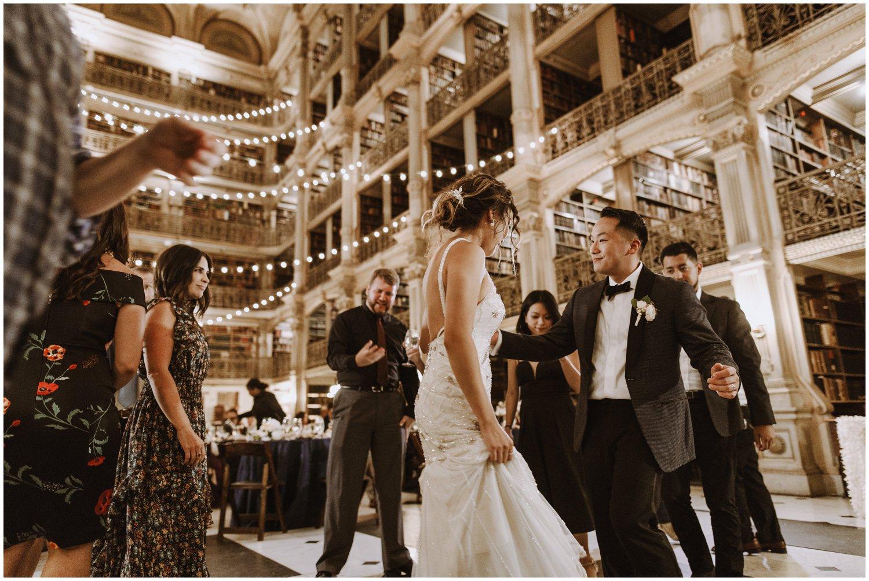 Peabody Library Wedding reception | Baltimore Wedding Photographer | Art Deco Wedding Photography | Kate Ann Photography