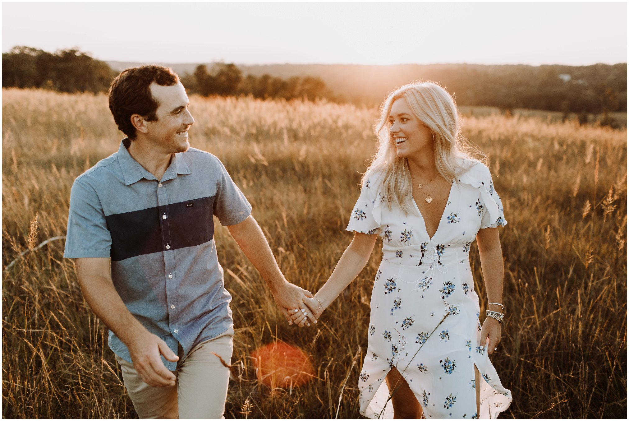golden field nature engagement session | Annapolis wedding photographer | sunset engagement photos | golden hour