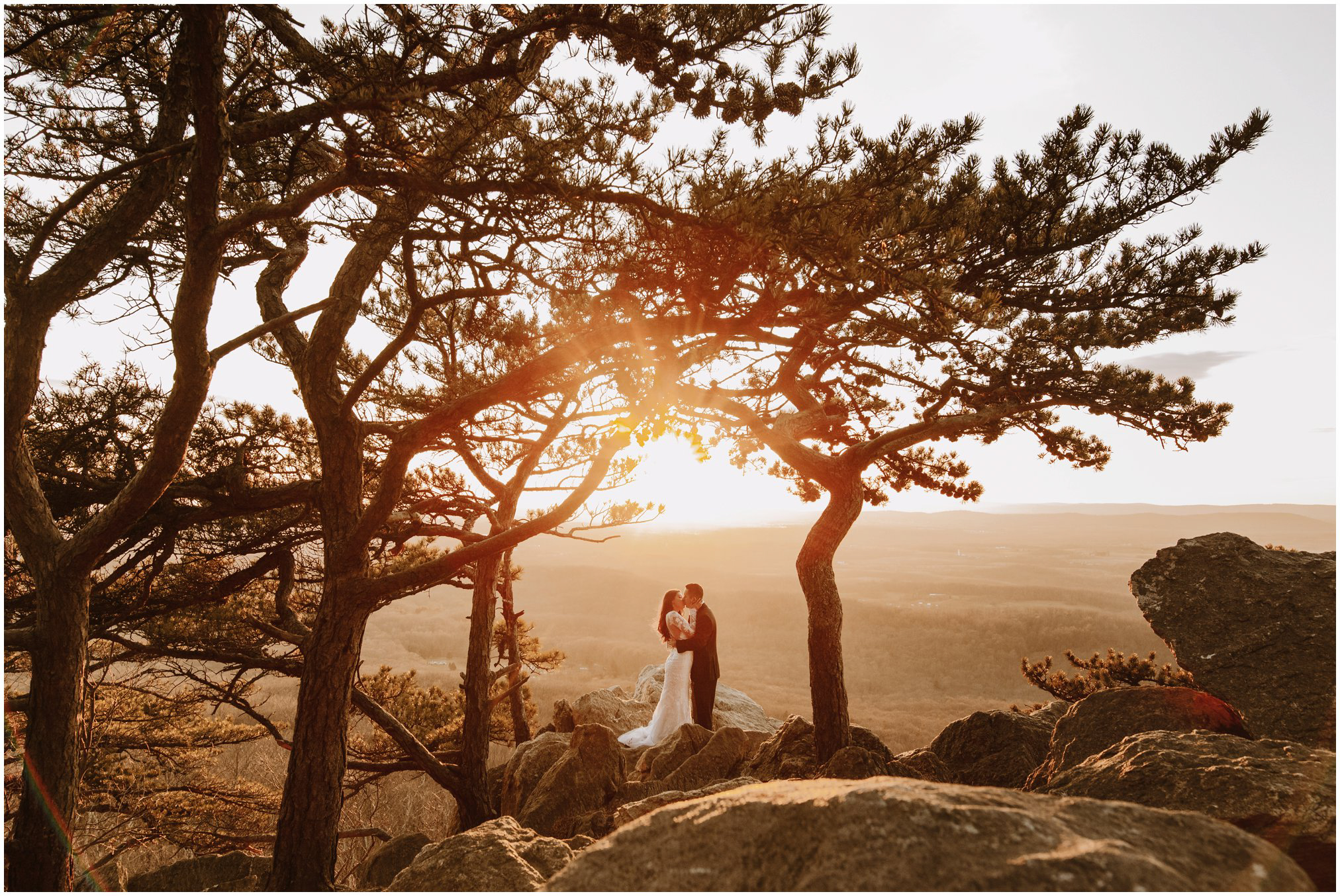 Best Maryland Wedding Venues | Sugarloaf Mountain Elopement