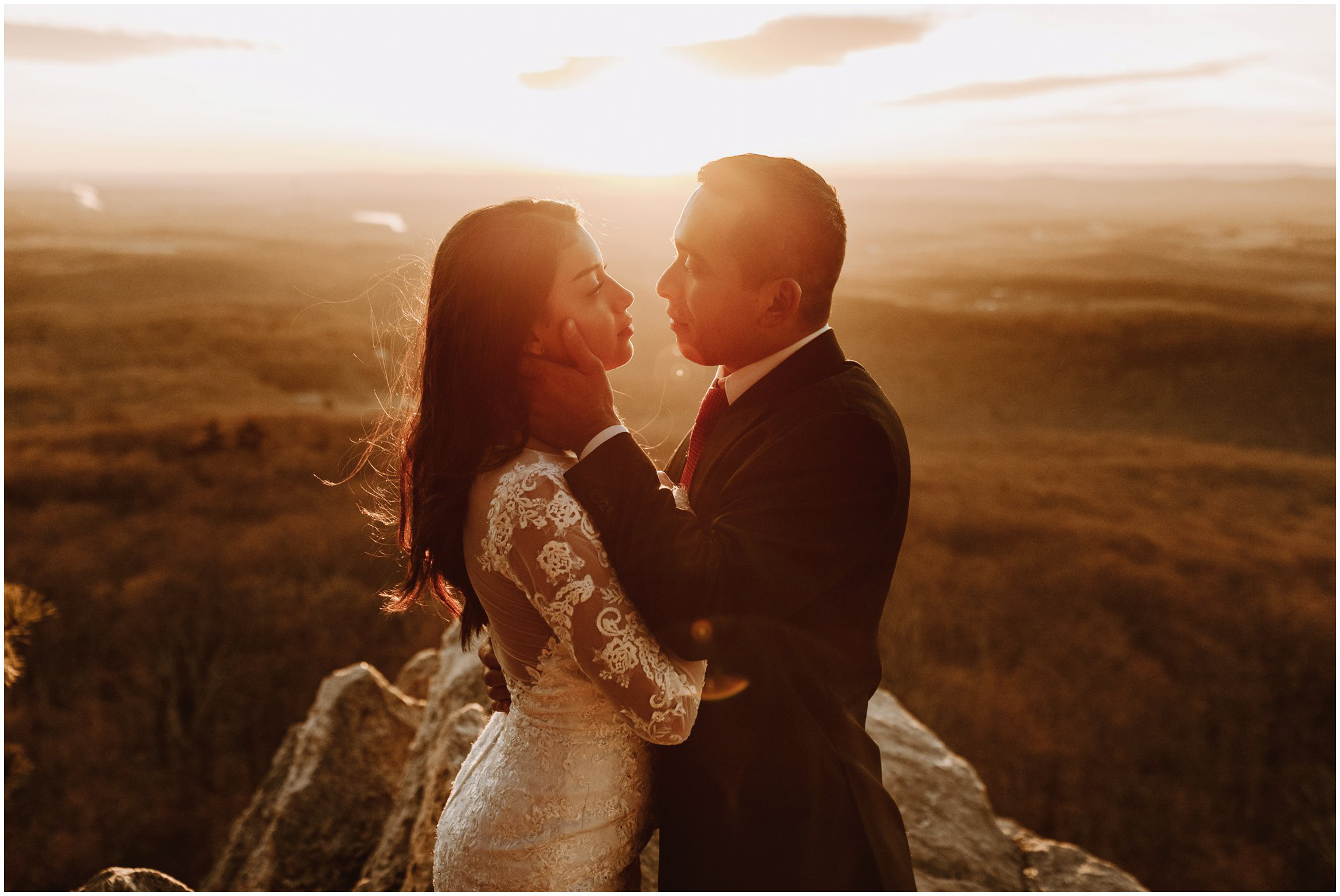 Elopement on Sugarloaf Mountain at sunset